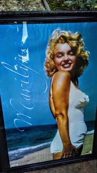 Marilyn Monroe glass frame Modesto, 95350