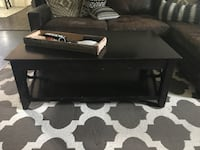 Solid wood coffee table Springfield, 22153