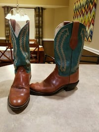 BEAUTIFUL OLATHE BOOTS  Springfield, 65807