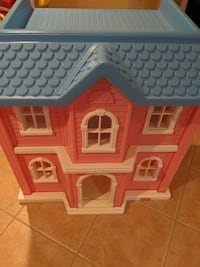 Little Tykes Big Dollhouse With Furniture,!