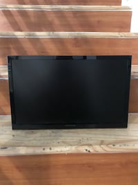 """insignia 19"""" LED TV (BRAND NEW NEVER USED WITH BOX) Lancaster"""