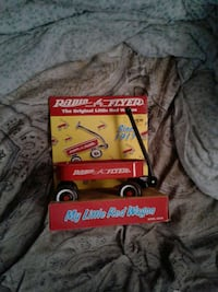 !!*Red black Radio Flyer Wagon collectable toy!!**