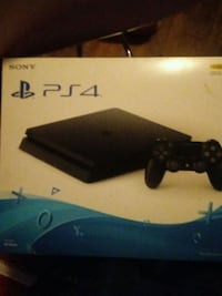 Sony PS4 console with controller box Houston, 77028