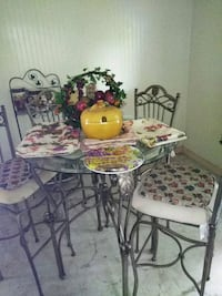 white and purple floral table with chairs Lancaster, 29720