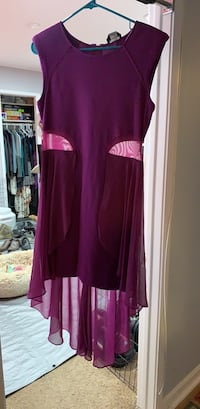 Women's Bebe plum dress size Large unworn Kensington, 20895