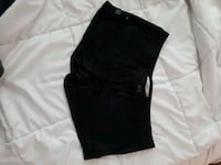 women's black shorts Surrey, V3T