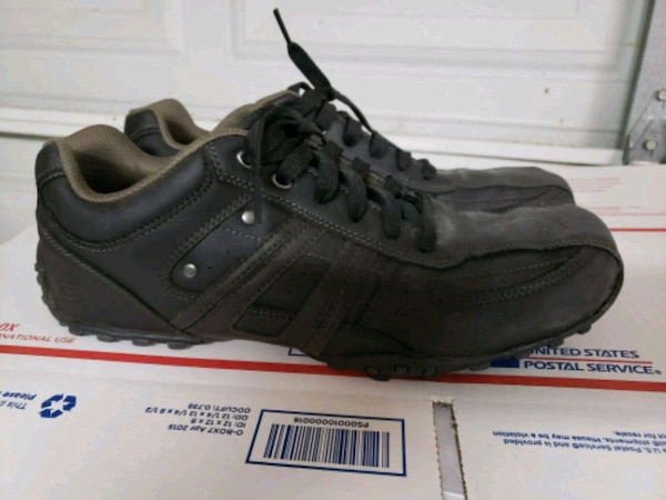 a3b9cdcdce54f4 Used Skechers modern shoes mens size 11 for sale in McAllen - letgo