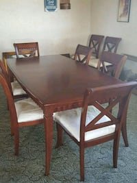 SUPER NICE DINING ROOM TABLE SEATS 8  Valley Springs, 95252