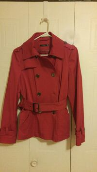 Beautiful never worn red jacket!! Amazing quality! Montréal, H9K