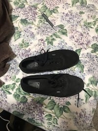 pair of black slip-on shoes Winchester, 22601