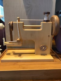 Adorable!!!!!! All wooden Play Sewing Machine/ or decor US, 20155