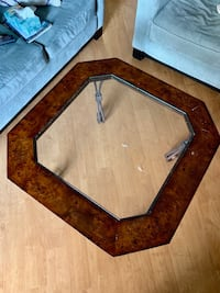 Glass coffee table  Arlington, 22201
