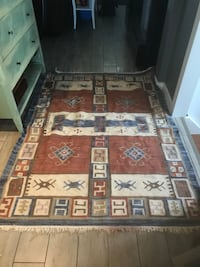 6x4 area rug cotton with an abstract native ?? Design