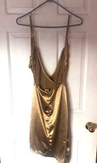 Fashion Nova GOLD DRESS *NEW* Port Coquitlam, V3B