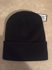 Black and gray fitted cap Coquitlam, V3K 3L1