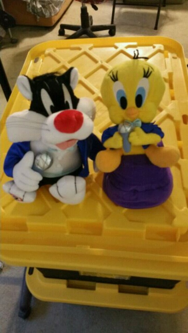 NEW Warner Bros. Tweety & Sylvester Dancing Plush