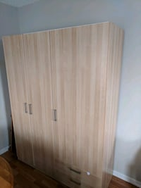 Wardrobe with Shelving 3143 km