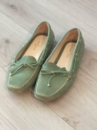 Green leather loafers / shoes size 37 Toronto, M6H 2G5
