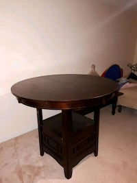 hightop table with leaf included  Milton, L9T 6C1