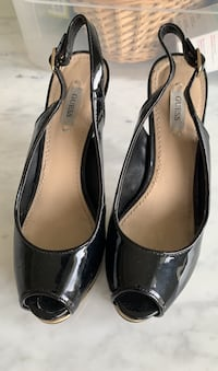 Guess heels Size 5.5