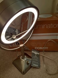 Conair lighted 1X/10X mirror.  Alexandria, 22312