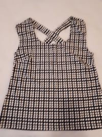 women's black and white plaid print top