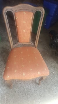 brown wooden chair with brown cushion Markham, L3P 3J3