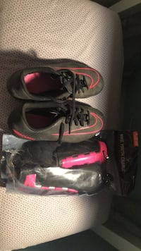 Nike Cleats and Shinguards Cudahy, 90201