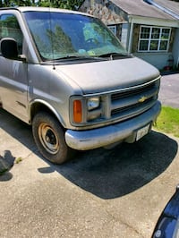 Chevrolet - Express - 1997 Clinton
