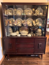 Mid Century Modern Bassett Furniture China Cabinet