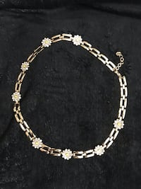 Cocoa Jewelry Gold Metallic Floral Chain Belt