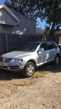 2005 Volkswagen Touareg for parts or whole Red Bank