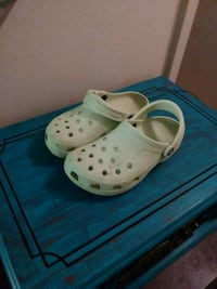 Crocs  Knoxville, 37909