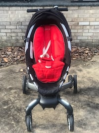 4moms Stroller - Black and Red