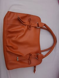 sac à main en cuir orange pour femme Montrouge, 92120