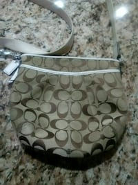 Coach purse in good condition Dearborn Heights, 48127