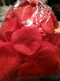 Faux Rose petals free w/purchase