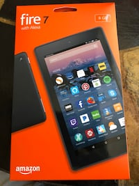 Black amazon fire hd 8 with box Los Angeles, 90008