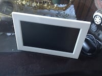 Brand New Photo Frame, threw away the box, but it is brand new with plug in Kelowna, V1W 3T6