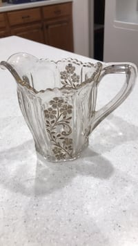 Cut-glass creamer with gold flower accents Orlando