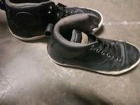 All leather Converse hightops (9M) Victoria, V8X 1J8
