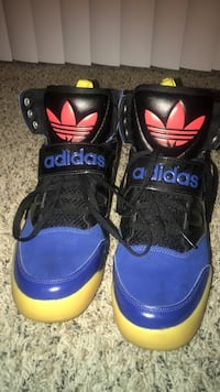 blue-and-black Adidas basketball shoes