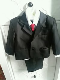black notch lapel suit jacket Woodbridge, 22192