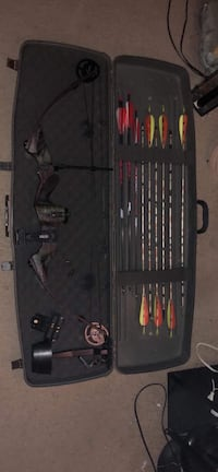 black and red compound bow set Oak Creek, 53154