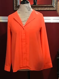 H&M ladies top size small Oakville, L6H 1Y4