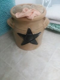 Tan with a blue star pottery Hagerstown