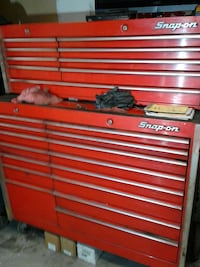 red Snap-on tool chest Worth, 60482