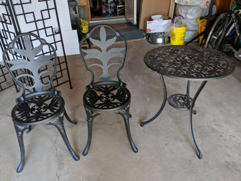 Iron garden coffee table set 2
