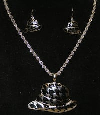 BRAND NEW Houndstooth Necklace & Earrings Yuma