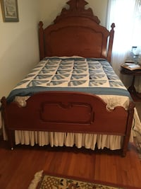 Antique wooden full sized bed Shelbyville, 37160